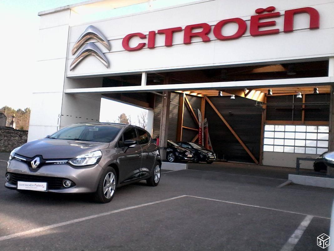 Renault clio d 39 occasion lacanau carrosserie concession for Garage renault bordeaux lac