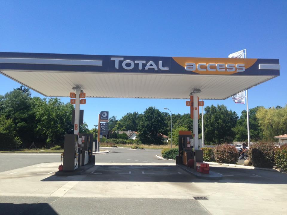 Station total lacanau carrosserie concession citro n for Garage total ozoir la ferriere